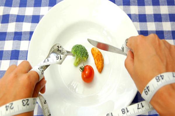 restricao-exagerada-na-dieta