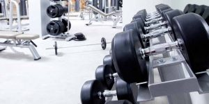 Imagem de 5 coisas que você não deve fazer em uma academia