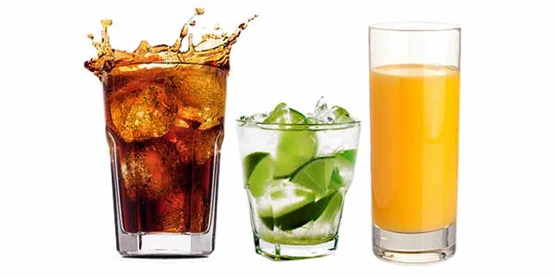 Refrigerante zero, suco natural ou água