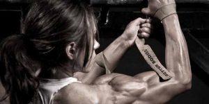 Imagem de Se uma mulher treinar pesado irá ficar com corpo de homem?