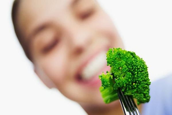 Comer Brócolis antes de dormir
