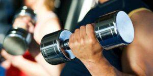 Imagem de Exercícios de musculação que não podem faltar no treino de cada grupo muscular