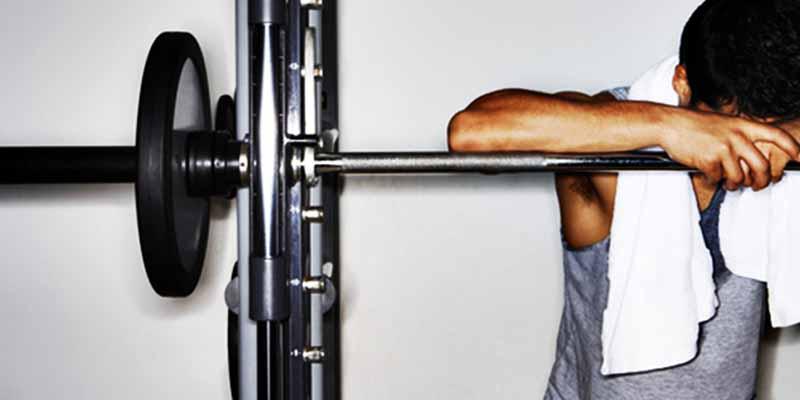 por-que-algumas-pessoas-param-de-desenvolver-na-musculacao