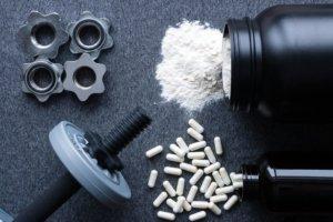 Imagem de Whey, BCAAs, Glutamina e Creatina: Usar antes ou depois do treino?