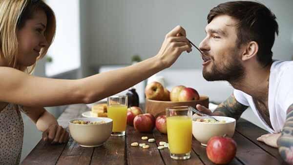 Casal Fazendo Dieta Juntos