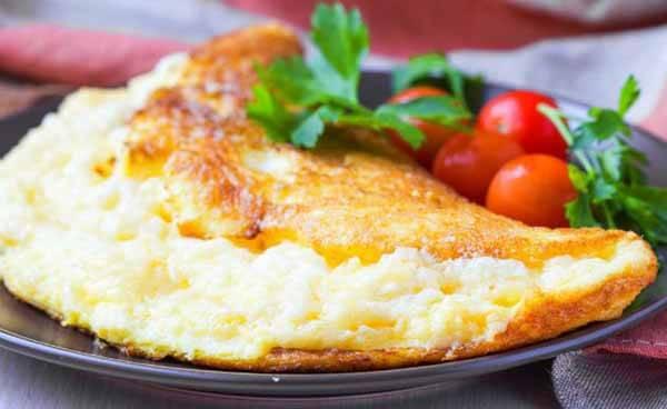 Ceia: Ovos, Queijo Cottage e Vegetais