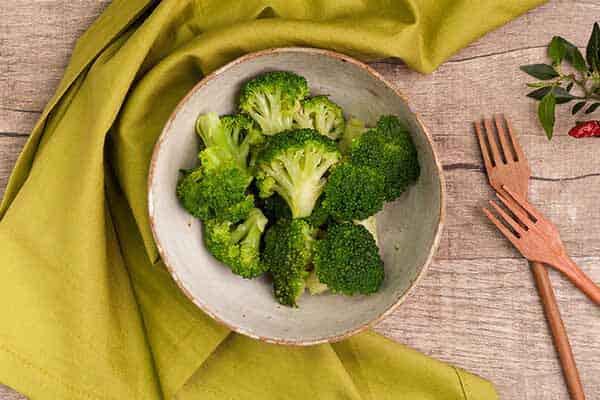 Saiba como o brócolis ajuda no ganho de massa muscular