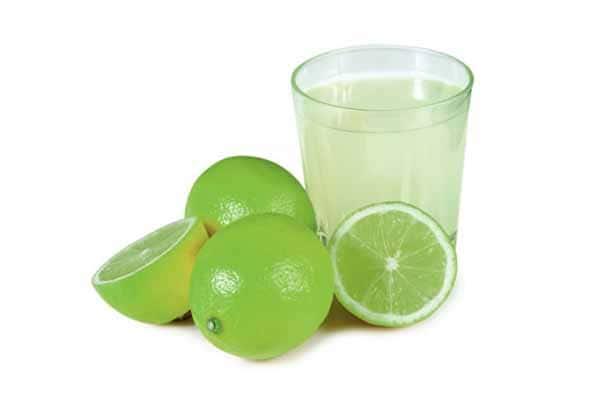 Água com limão e muito bom para emagrecer