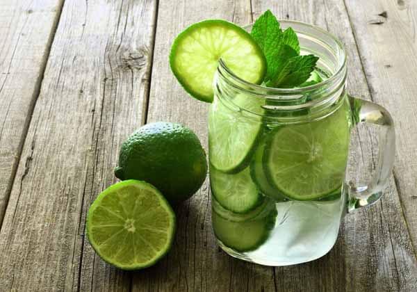 mitos e verdades sobre a água com limão