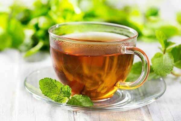 faça uso de chás infusores para melhorar a digestão