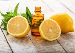 Image de l'huile essentielle de citron: à quoi sert-elle et avantages?