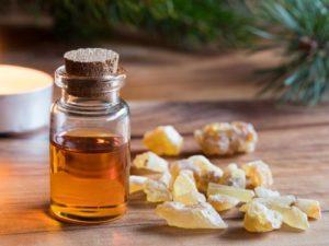 Image de l'huile essentielle d'encens: à quoi sert-elle et avantages?
